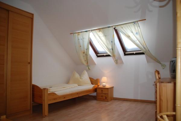 1 bett hotelzimmer nr 410 schwerterbr u judenburg. Black Bedroom Furniture Sets. Home Design Ideas